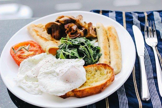 結婚後の朝食